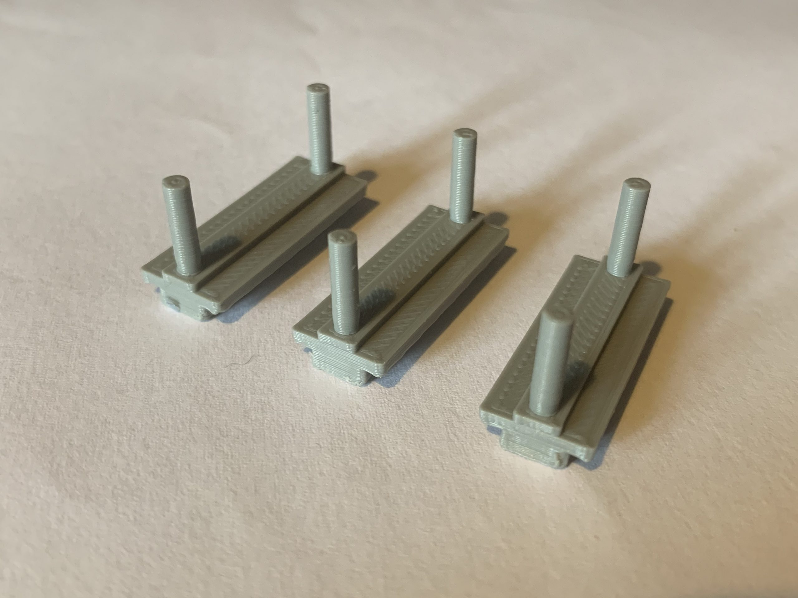 Tri-ang R110 R212 Reproduction Load Holders Product Image