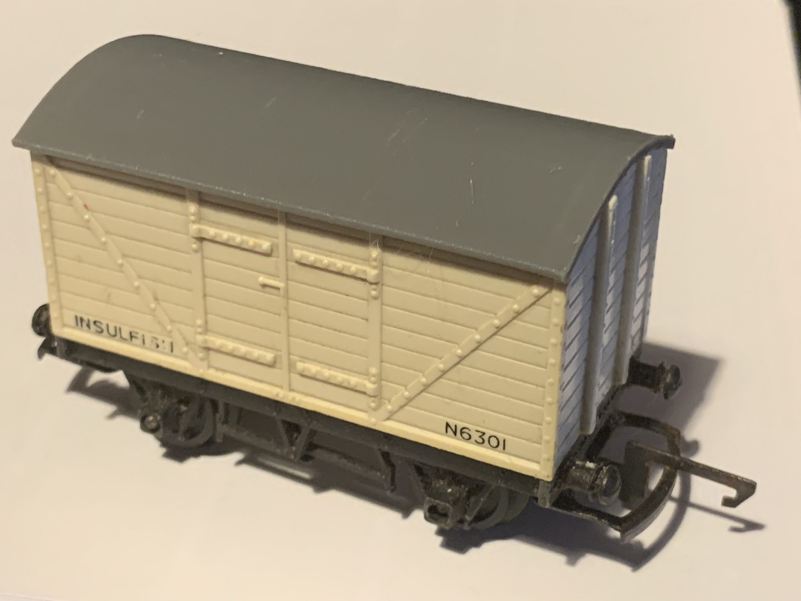 R11 R14 Reproduction Roof Plain Fitted Gallery Image