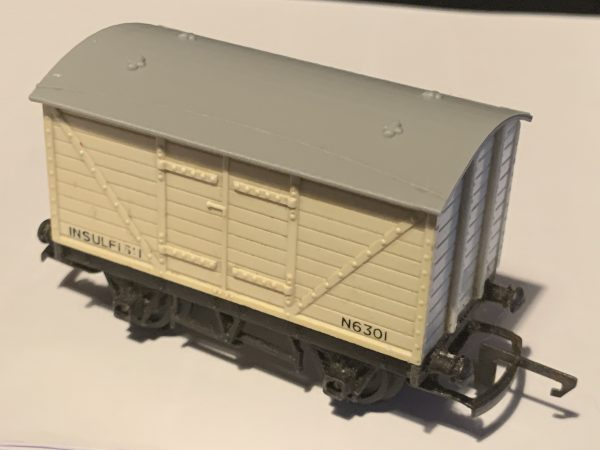 Tri-ang R11 R14 Reproduction Roof Ventilated Fitted Gallery Image
